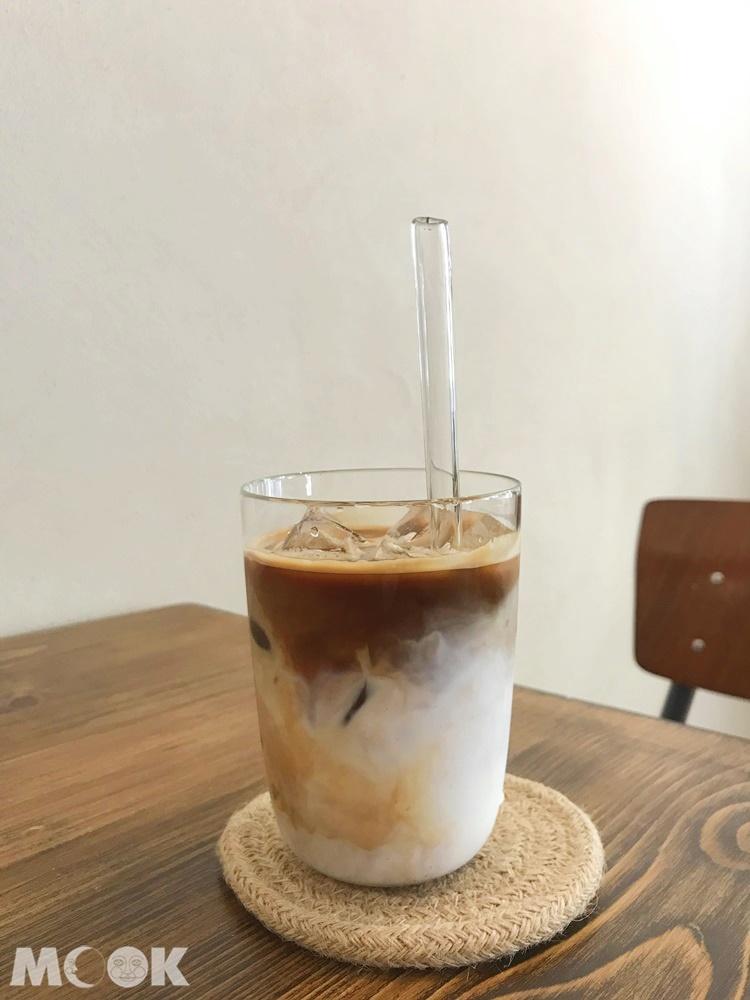 台北松山區民生社區vegan咖啡oddfish的拿鐵