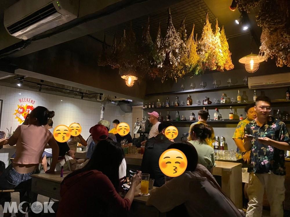 台北 忠孝新生站 週末炸雞俱樂部 炸雞 酒吧