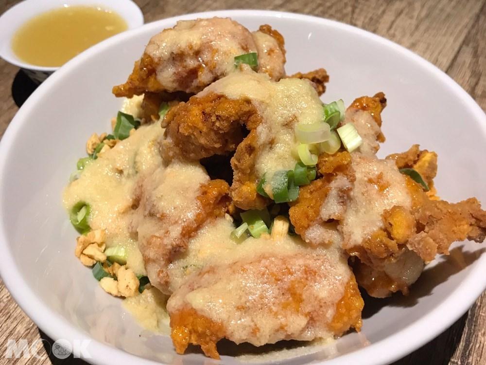 台北 忠孝新生站 週末炸雞俱樂部 蛋黃鹽酥雞