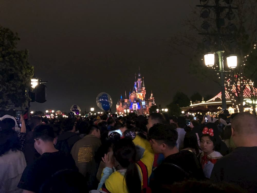 上海迪士尼點亮奇夢夜光幻影秀