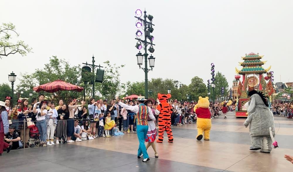 上海迪士尼米奇童話專列