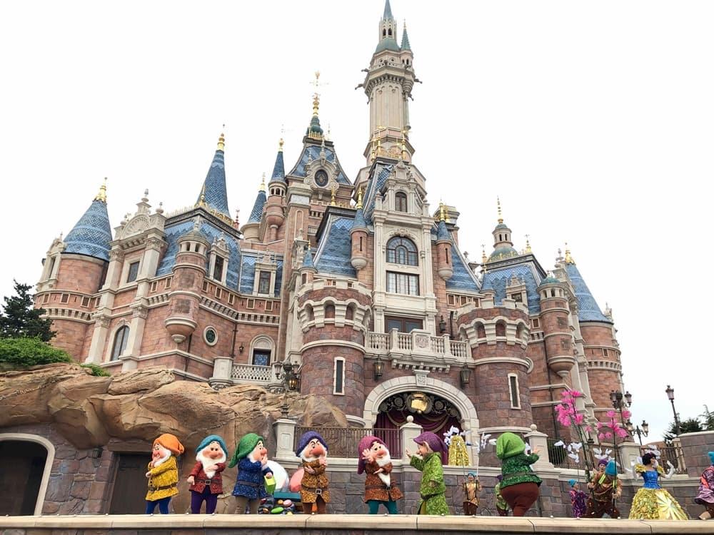 上海迪士尼樂園金色童話盛典