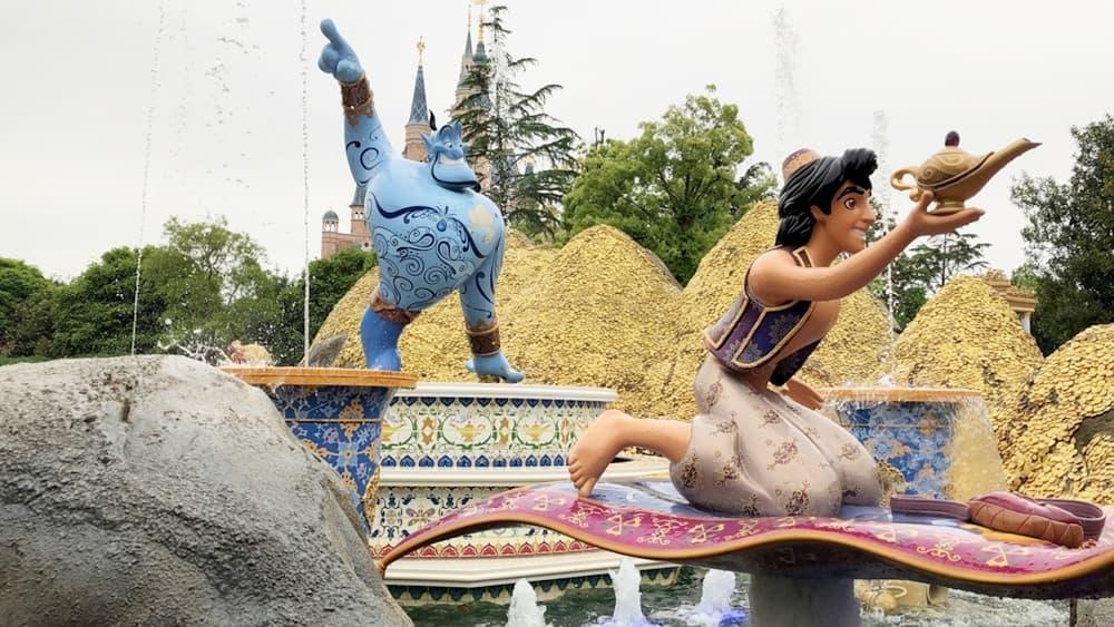 上海迪士尼晶彩奇航