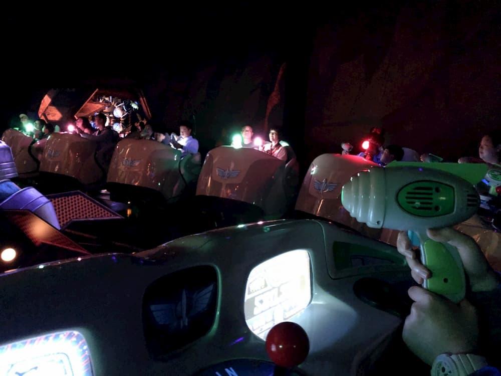 上海迪士尼樂園巴斯光年星際營救