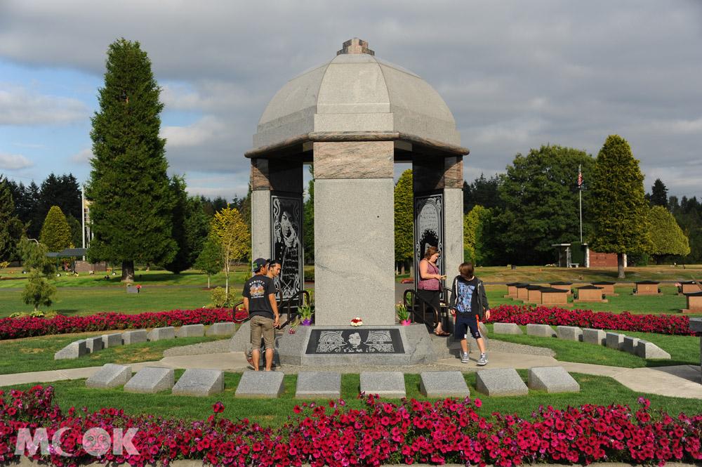 美國西雅圖吉米罕醉克斯之墓